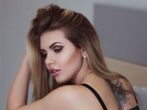 Webcam sex de CheekyBunnyy