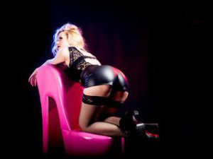 Webcam sex femme - Cam girl de DomNikki