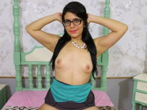 Webcam sex latine de HotAssCarol