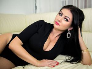 Webcam sex lesbienne de LauraHOTTT