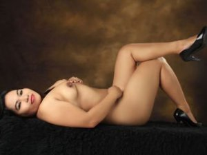 Webcam Asian Vrouw sex met SEXYhornyQUEEN